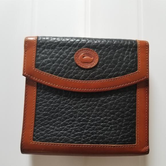 Dooney & Bourke Vintage AWL Wallet